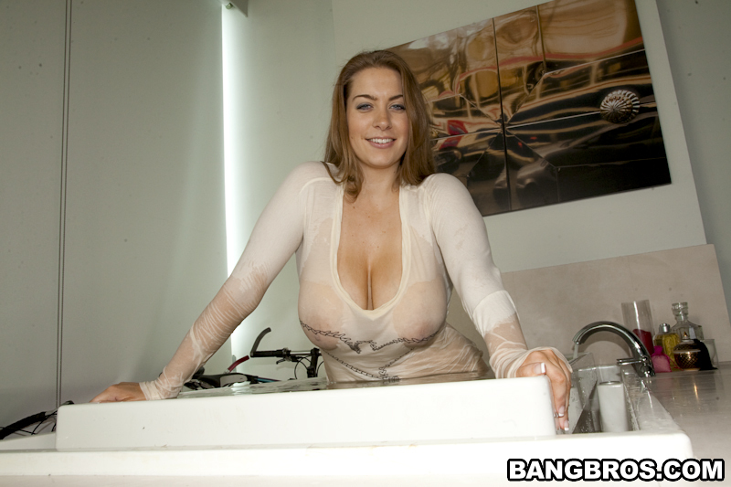 Huge-chested mom I'd like to fuck Kali West gets her greedy vulva banged xxx