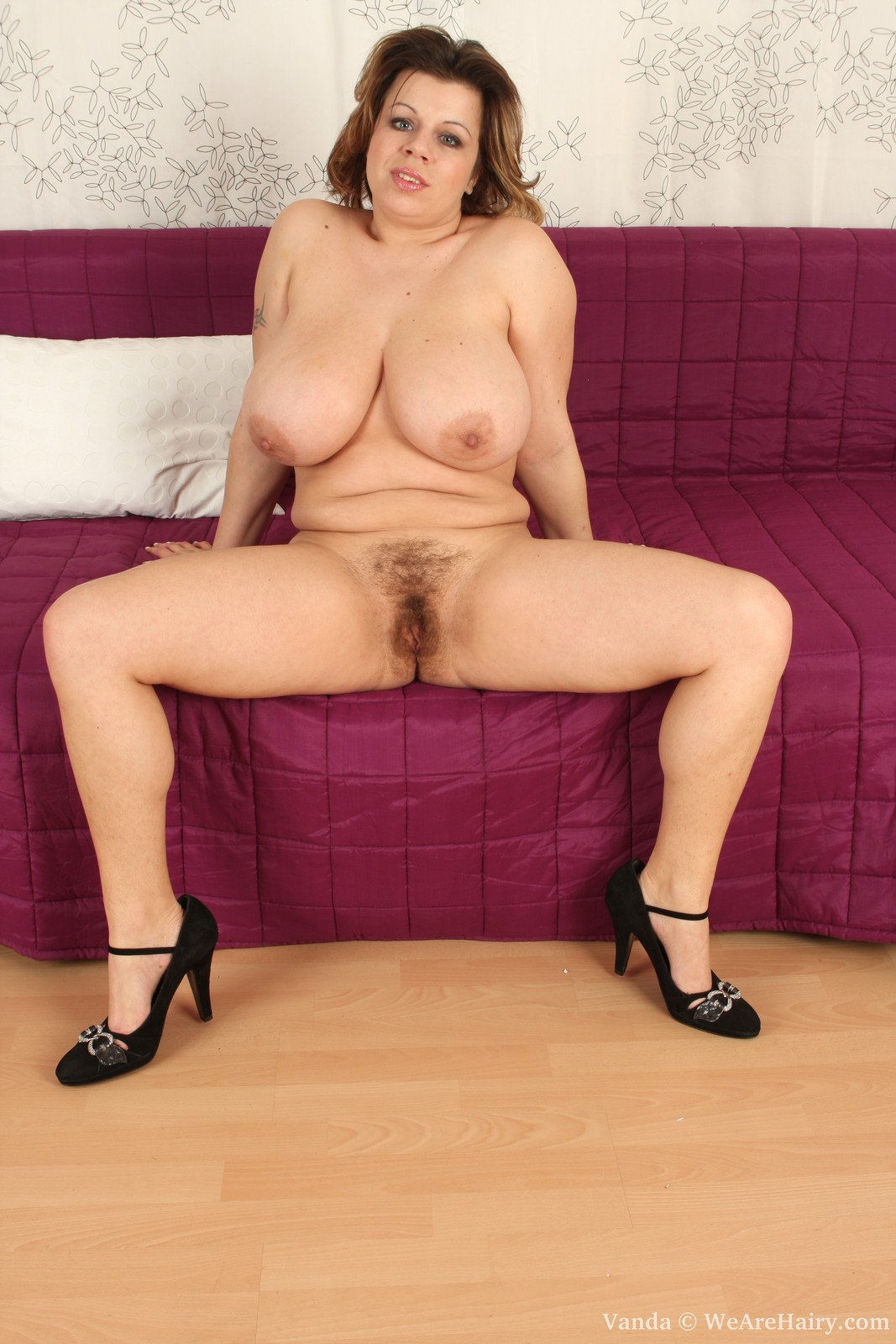 Like Busty hairy mature pussy