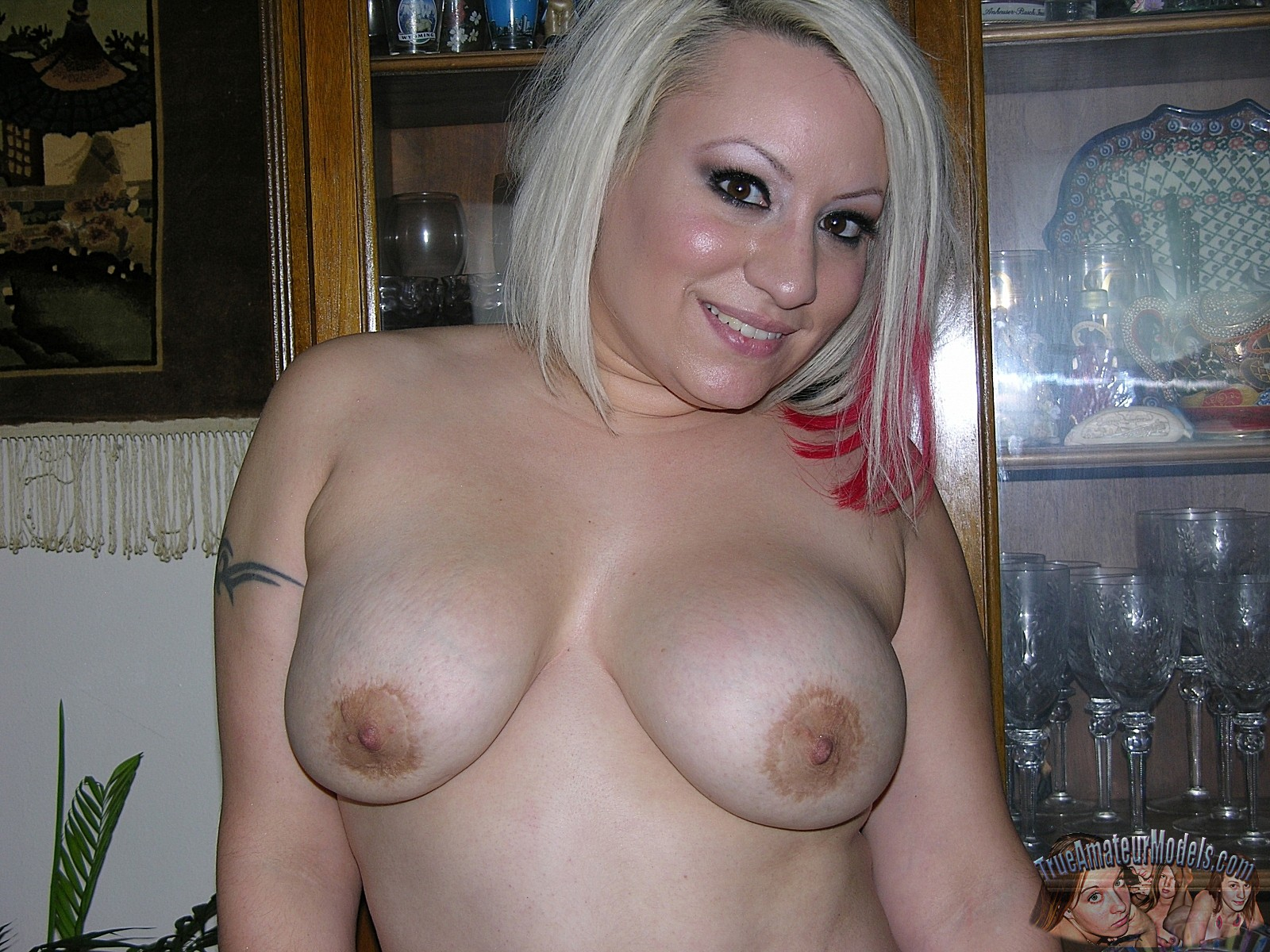 spread shaved pussy Amateur chubby