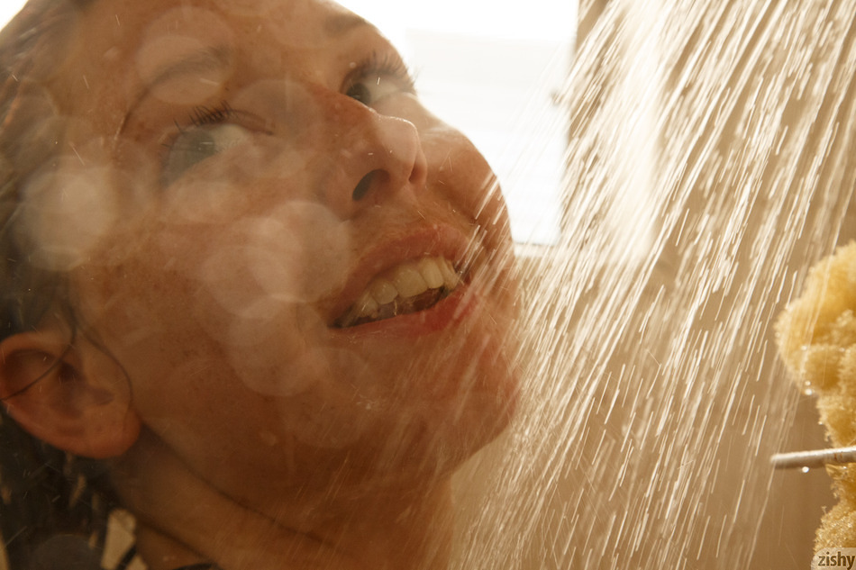 Freckled strawberry blonde cutie Spencer Bisson showers and teases